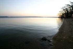 Big Spirit Lake waterfront property in IA